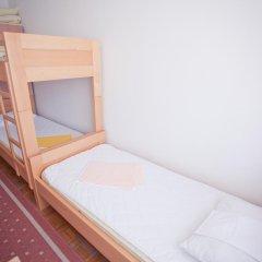 Youth Hostel Zagreb Кровать в женском общем номере с двухъярусной кроватью фото 2