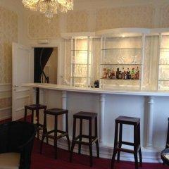 Hans Memling Hotel гостиничный бар