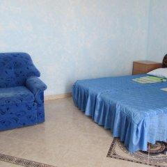 Гостиница Domik u morya в Севастополе отзывы, цены и фото номеров - забронировать гостиницу Domik u morya онлайн Севастополь комната для гостей фото 3