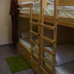 Dream Hostel Odessa Кровать в женском общем номере с двухъярусной кроватью