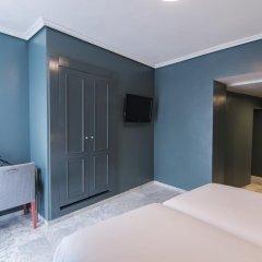 Отель Petit Palace Puerta de Triana 3* Двухместный номер с двуспальной кроватью фото 3