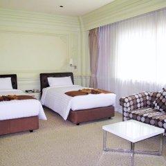 Отель Kingston Suites Bangkok 4* Улучшенный номер с различными типами кроватей фото 2