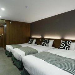 Itaewon Crown hotel 3* Стандартный семейный номер с двуспальной кроватью фото 4