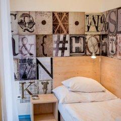 Hostel Florenc Стандартный номер с различными типами кроватей фото 4
