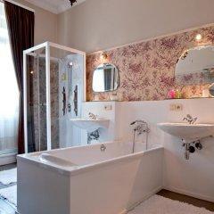 Отель B&B The Baron ванная фото 3