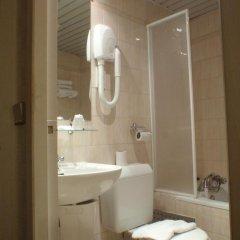 Отель Hôtel du Maine Франция, Париж - отзывы, цены и фото номеров - забронировать отель Hôtel du Maine онлайн ванная фото 2