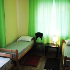 Домино Хостел Стандартный номер с различными типами кроватей