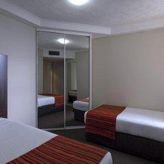 Отель Novotel Surfers Paradise 4* Семейный номер Делюкс с двуспальной кроватью