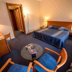 Гранд Отель Украина 5* Стандартный номер с двуспальной кроватью фото 6