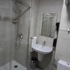 Отель Hostal Roma ванная
