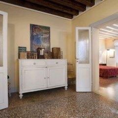 Отель Locappart Santa Croce Италия, Венеция - отзывы, цены и фото номеров - забронировать отель Locappart Santa Croce онлайн удобства в номере
