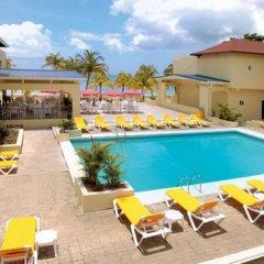 Отель Rooms on the Beach Negril бассейн фото 3