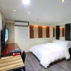 Film 37.2 Hotel 3* Стандартный номер с различными типами кроватей фото 5