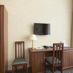 Гостиница Сокол 3* Улучшенный номер с двуспальной кроватью фото 9