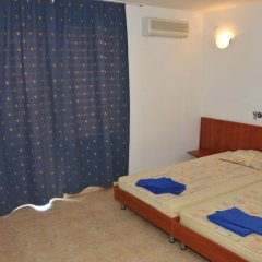 Sveti Vlas Hotel 2* Стандартный номер с двуспальной кроватью фото 3