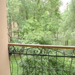 Гостиница Хостел Гоголь-Моголь в Санкт-Петербурге отзывы, цены и фото номеров - забронировать гостиницу Хостел Гоголь-Моголь онлайн Санкт-Петербург балкон