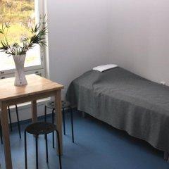 Отель Rastila Camping Helsinki комната для гостей