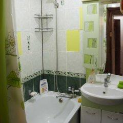 Гостиница Apartaments on Shirokaya 36 в Кисловодске отзывы, цены и фото номеров - забронировать гостиницу Apartaments on Shirokaya 36 онлайн Кисловодск ванная фото 2