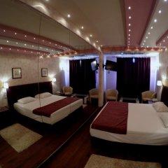 Carol Hotel 2* Люкс с разными типами кроватей фото 6