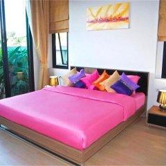 Отель Baan Bua Nai Harn 3 bedrooms Villa комната для гостей