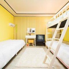Kpopstarz Guesthouse - Caters to Women (отель для женщин) 2* Номер Делюкс с различными типами кроватей фото 3