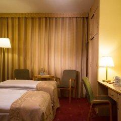 Hotel HP Park Plaza Wroclaw 4* Улучшенный номер с двуспальной кроватью