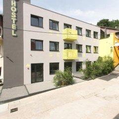 Hostel 63 парковка
