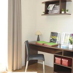 Отель Parc Harmonie Франция, Лион - отзывы, цены и фото номеров - забронировать отель Parc Harmonie онлайн удобства в номере