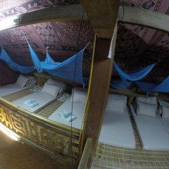 Отель Trek King Kong House Кровать в общем номере фото 4