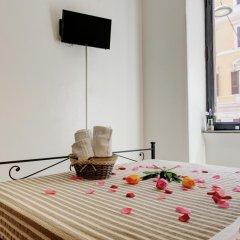 Отель Ad Hoc B&B Стандартный номер с двуспальной кроватью (общая ванная комната) фото 12