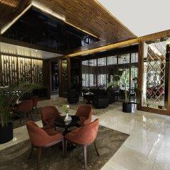 Ramada Hotel & Suites Atakoy Турция, Стамбул - 1 отзыв об отеле, цены и фото номеров - забронировать отель Ramada Hotel & Suites Atakoy онлайн бассейн фото 2