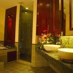 Отель Duangjitt Resort, Phuket 5* Семейный люкс с двуспальной кроватью фото 3