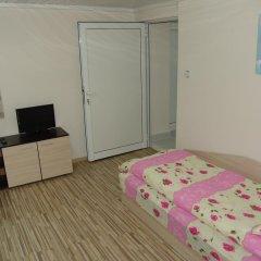 Отель Our Home 2 Guest Rooms Стандартный номер фото 3