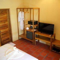Отель Bauhinia Resort 3* Бунгало с различными типами кроватей фото 8