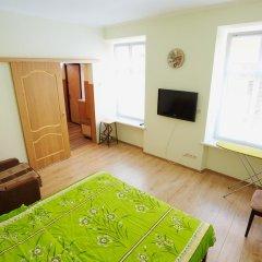 Гостиница Rynok Square appartments комната для гостей фото 2