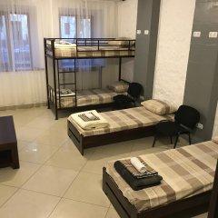 Fox Hostel Кровать в общем номере с двухъярусной кроватью фото 8