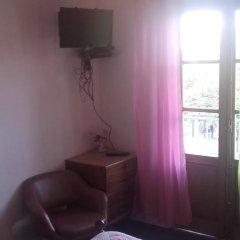 Отель Pensao Bela Vista 2* Стандартный номер двуспальная кровать (общая ванная комната) фото 4