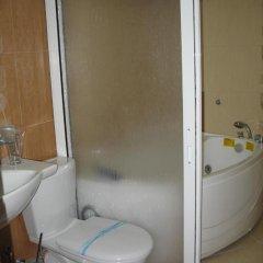 Отель Sivrieva House Болгария, Ардино - отзывы, цены и фото номеров - забронировать отель Sivrieva House онлайн ванная