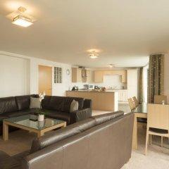 Отель Fountain Court Apartments - EQ2 Великобритания, Эдинбург - отзывы, цены и фото номеров - забронировать отель Fountain Court Apartments - EQ2 онлайн комната для гостей фото 5