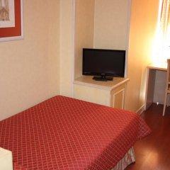 Отель Sunotel Junior 2* Стандартный семейный номер с двуспальной кроватью фото 2