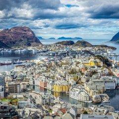 Отель Quality Hotel Waterfront Норвегия, Олесунн - отзывы, цены и фото номеров - забронировать отель Quality Hotel Waterfront онлайн приотельная территория фото 2