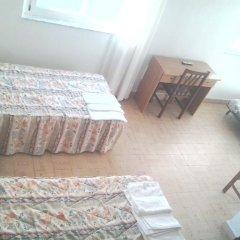 Отель Hostal Pineda Стандартный номер с различными типами кроватей фото 6