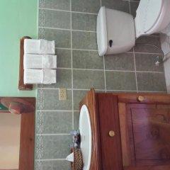 Отель Mary's Hotel Гондурас, Копан-Руинас - отзывы, цены и фото номеров - забронировать отель Mary's Hotel онлайн ванная фото 2