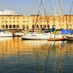 Отель Marina Folch Барселона приотельная территория