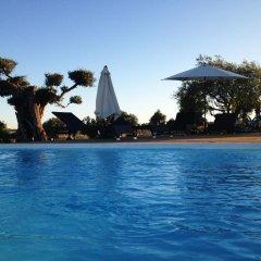 Отель Espargosa Monte de Baixo бассейн
