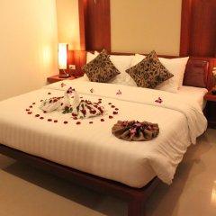 Отель Patong Hemingways 4* Улучшенный номер фото 3