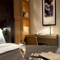 Hotel Marceau Champs Elysees 3* Улучшенный номер с различными типами кроватей фото 5