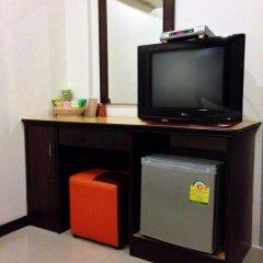 Отель Bt Inn Patong 3* Стандартный номер двуспальная кровать фото 3