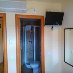 Отель Hostal Sant Sadurní удобства в номере фото 2