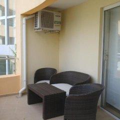 Отель Yassen VIP Apartaments Улучшенные апартаменты с различными типами кроватей фото 27